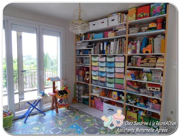 assistante maternelle besan on page 11. Black Bedroom Furniture Sets. Home Design Ideas